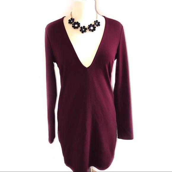 Tobi Dresses & Skirts - TOBI Low Cut / V-Shape Long Sleeve Maroon Dress L
